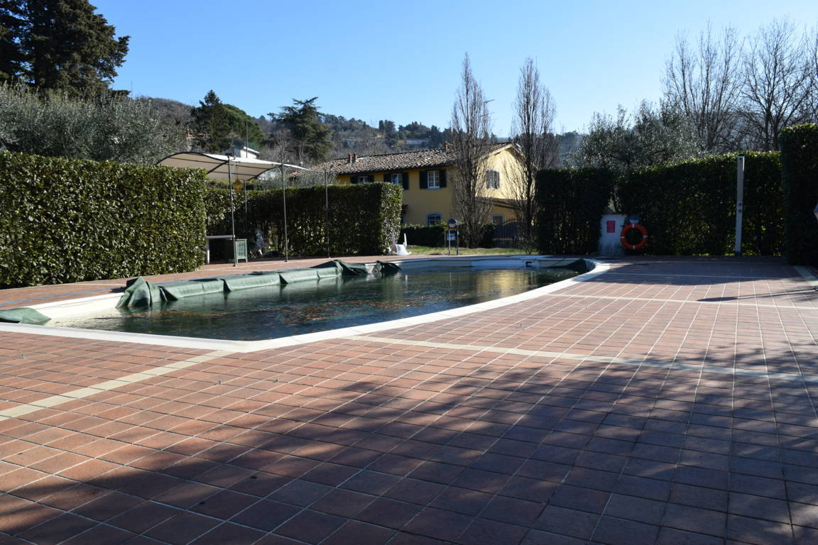 Colonica con piscina